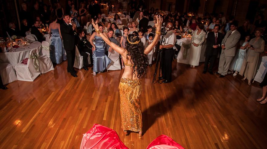 dansuri orientale nunta