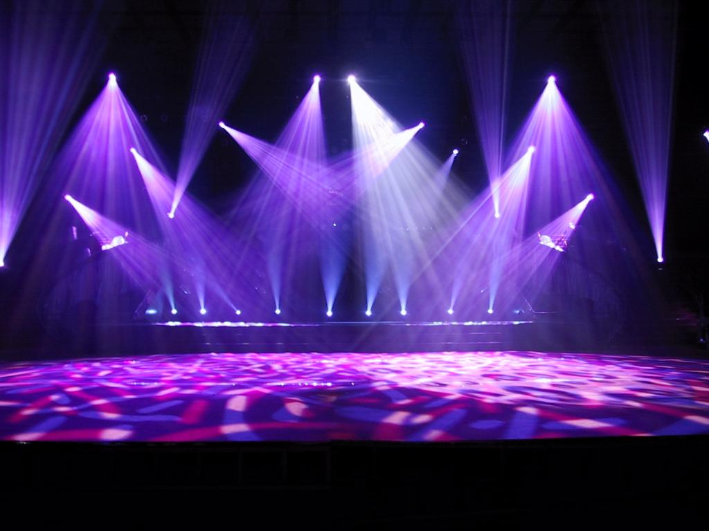 inchiriere lumini pentru evenimente dj