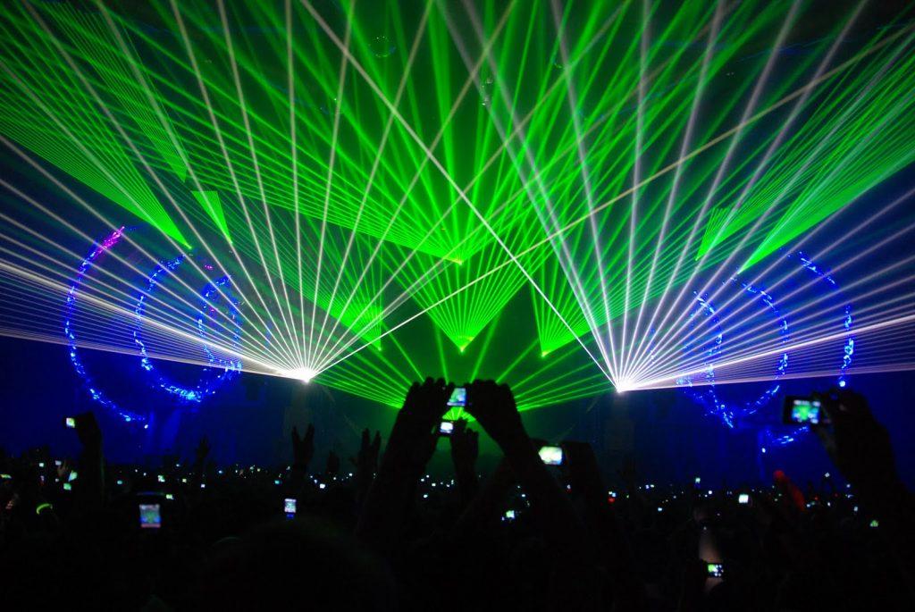 spectacol lasere nunta